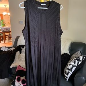 Stretchy black gap dress